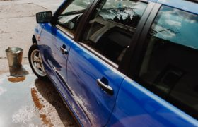 Don't be a Sap: Get the Sap Off Your Car With this Simple Guide