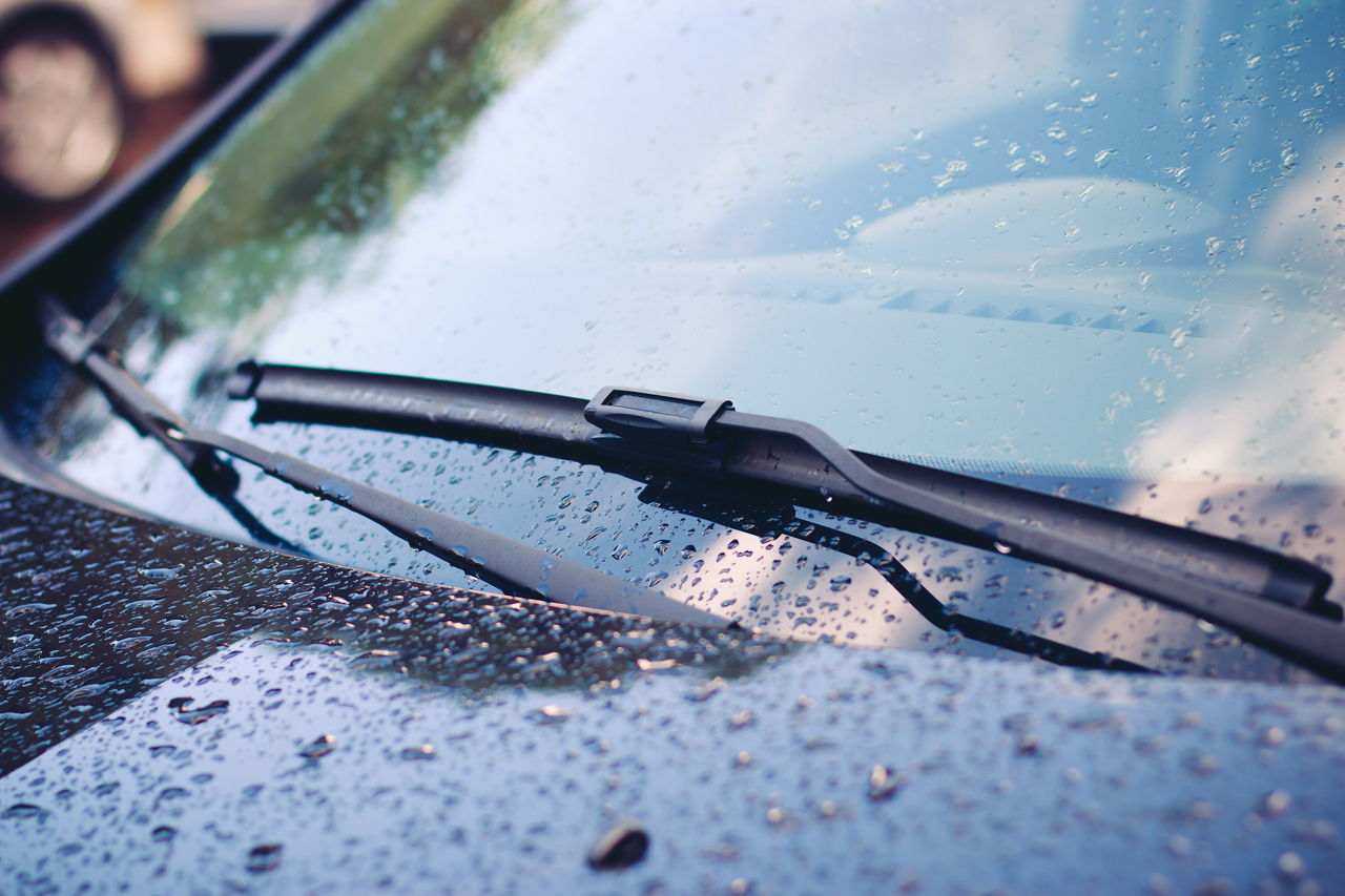 deals on windshield wipers