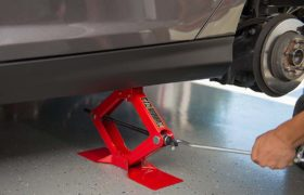 Repair Anywhere: Best Tire Jacks for Changing Flat Tires