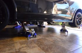 The Best Floor Jacks To Keep Your Car Jacked