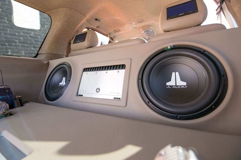 The 10 Best Car Speakers & Subwoofers to Buy 2019 - Auto