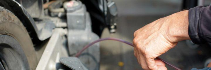 Best Oil Extractors to Make Oil Change Easy
