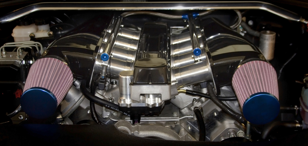Dual short ram intakes on a large v8 motor