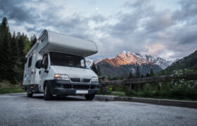 Best RV Air Conditioners to Keep Cool on Tour