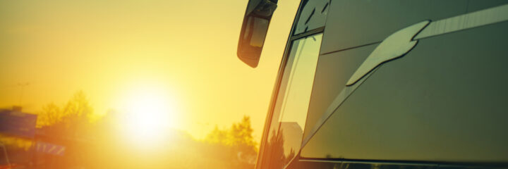 Best Fiberglass RV Waxes Come Rain, Wind or Shine