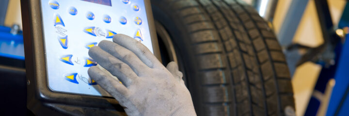 Unbalanced Tires: Symptoms and Solutions