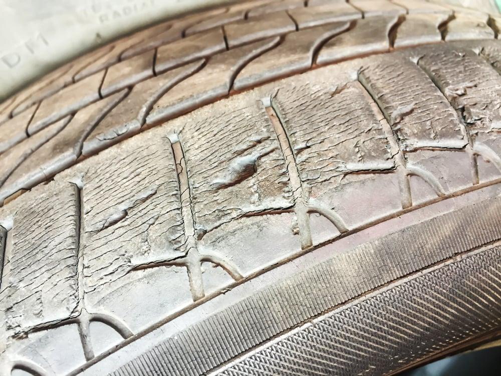 damage to unbalanced tire