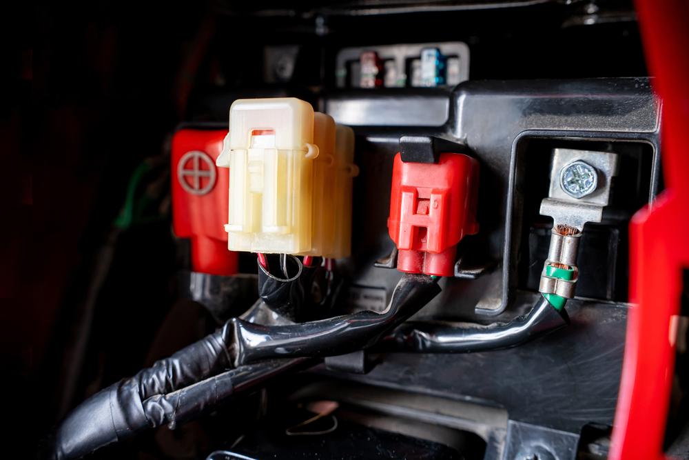 fuse box in motor