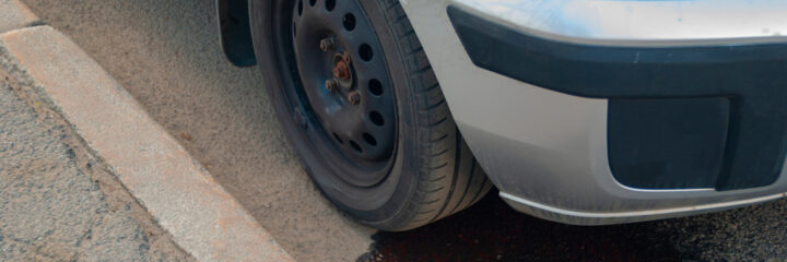 Stopping Transmission Fluid Leaks – Symptoms and Solutions